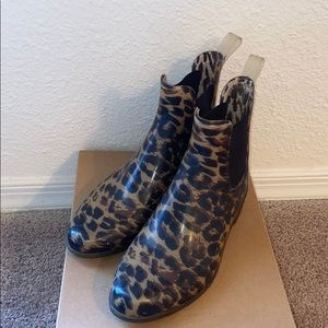 J. Crew leopard Chelsea rain boot